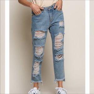 💃🏻Brooklyn Boyfriend Distreesed Jeans